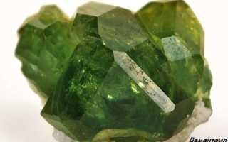 Демантоид (зеленый гранат) – история, полезные свойства и описание камня