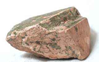 Санидин – история, полезные свойства и описание камня