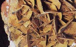 Надорит – история, полезные свойства и описание камня