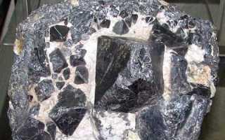 Франклинит – история, полезные свойства и описание камня