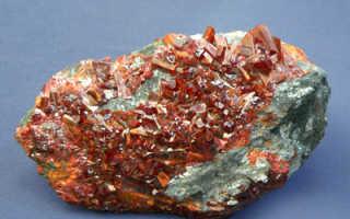 Реальгар – история, полезные свойства и описание камня