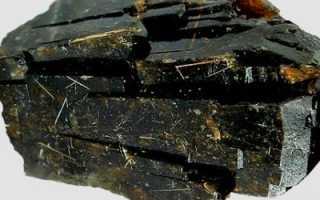 Корнерупин – история, полезные свойства и описание камня