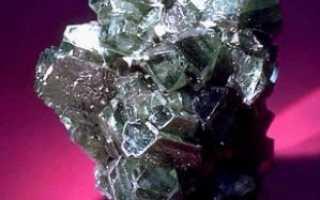 Лудламит – история, полезные свойства и описание камня